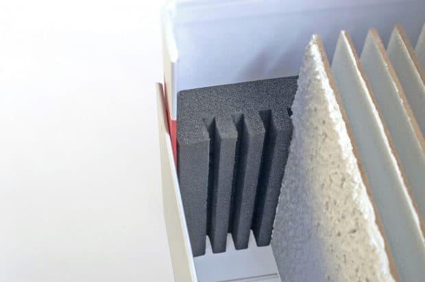 Valise de présentation avec glissières pour la tenue des échantillons