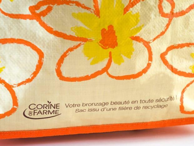4-farbiger Siebdruck auf allen Seiten der Promotions-Tasche aus PP woven mit Glanzfolie
