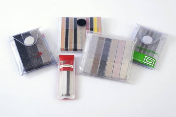 Estuche muestrario de PVC hecho a medida para la presentación de muestras de juntas de baldosas o juntas para terrazas y paisajismo