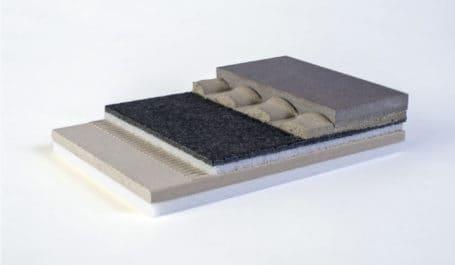 Maquettes d'isolation phonique en éclaté selon vos instructions : sol, isolant, ragréage et revêtement