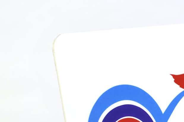 Pancarte en polypro avec coins arrondis pour éviter les blessures
