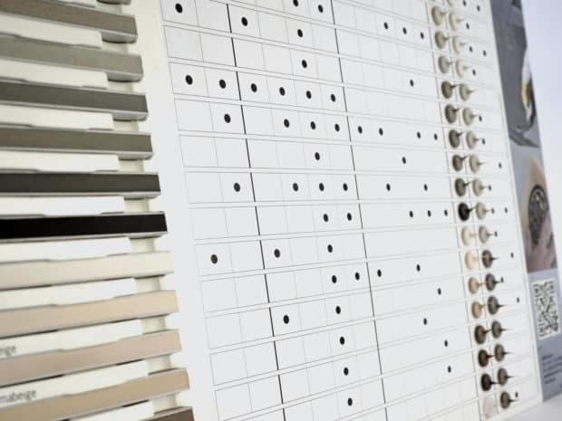 Nuancier PLV en carton avec pièce thermoformée pour joints ciment amovibles réalisés par Design Duval