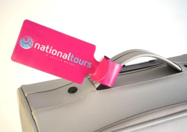 Porte-étiquette bagage en PVC souple, facile à mettre en place et à manipuler