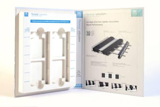 Présentoir carton avec cale thermo personnalisée pour 4 échantillons amovibles