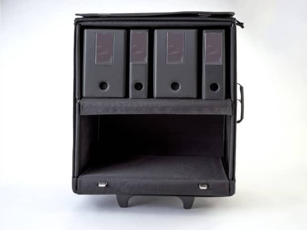 Ouverture complète de l'avant de la valise pour un effet PLV immédiat