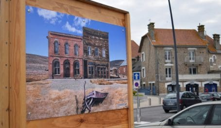 Impresión digital de gran formato y alta resolución para exposiciones de fotos en exteriores