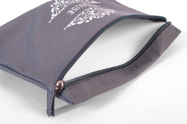 Pochette maillot de bain en polyester avec grande ouverture et doublure imperméable