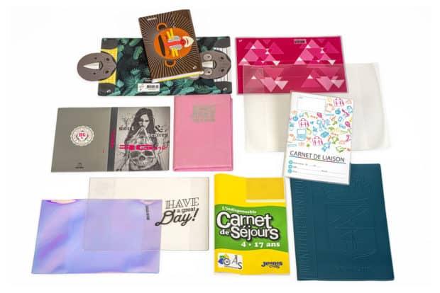 Tapas para libros hechas a demanda de PVC con refuerzo de cartón o de terciopelo con estampación térmica oro
