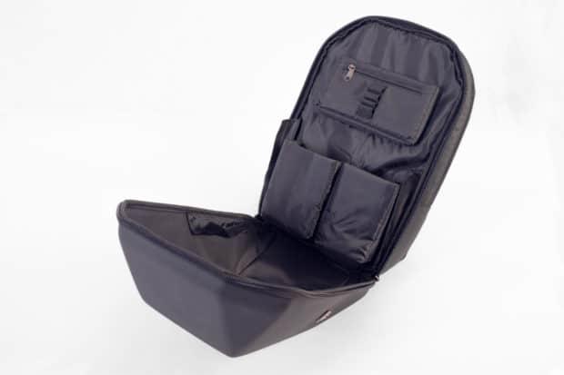 Un pack de regalo para moto en forma de mochila, una práctica herramienta de fidelización del cliente