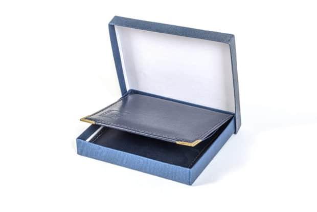 Portatarjetas exclusivo con embalaje de cartón para clientes premium