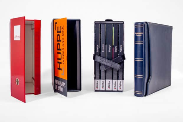Cardboard or PVC slipcase with various opening systems and accessories
