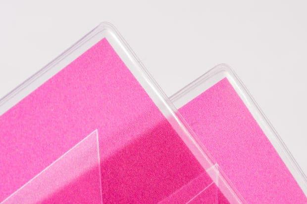 Fabrication et impression numérique en vitrophanie d'une jaquette en PVC cristal