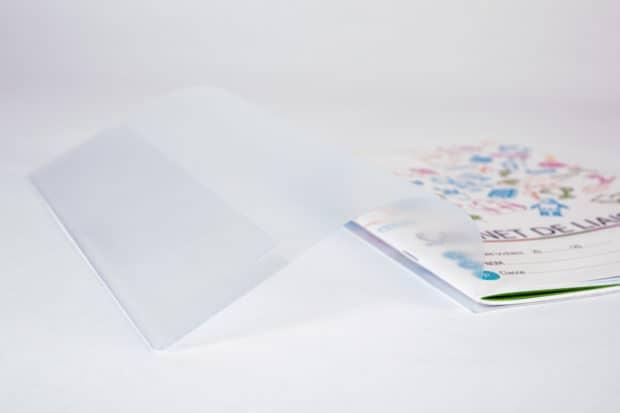 Polypro translucide pour voir le carnet en transparence