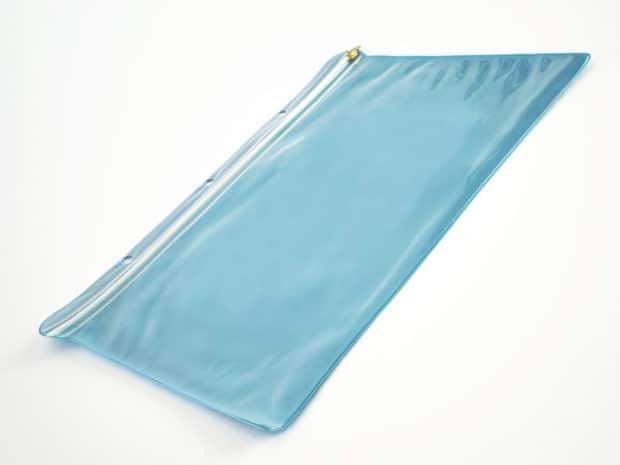 Conception et fabrication sur-mesure de pochettes avec zip