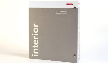 Classeur en carton quatre côtés avec fermeture par boutons-pression