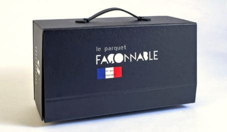 Display briefcase for wooden parquet samples