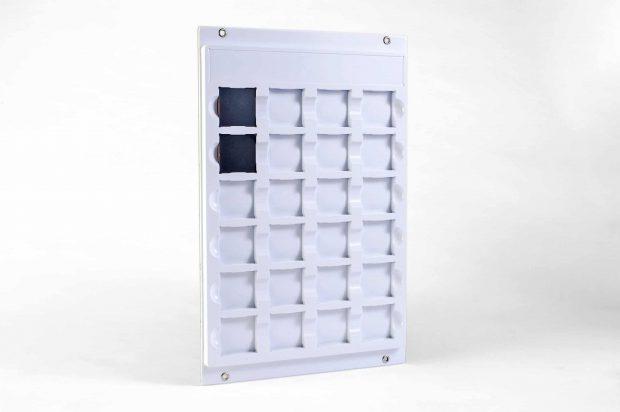 Individuelle flexible Wandpräsentation für herausnehmbare Holzdekore