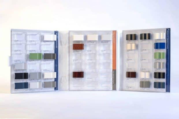 Carpeta muestrario duradera de PVC con termoconformado diseñado a medida para el tamaño y forma de las muestras